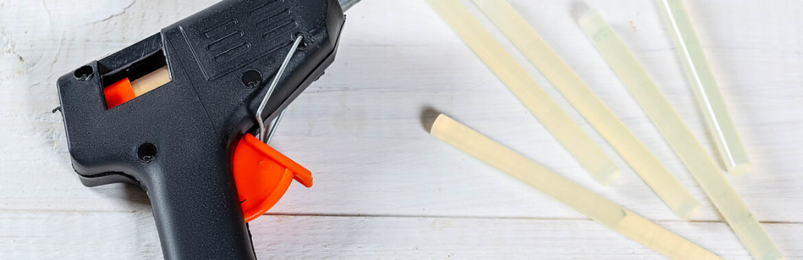 Glue Gun Hacks: Top 5 Simple Glue Gun Hacks You Can do at Home